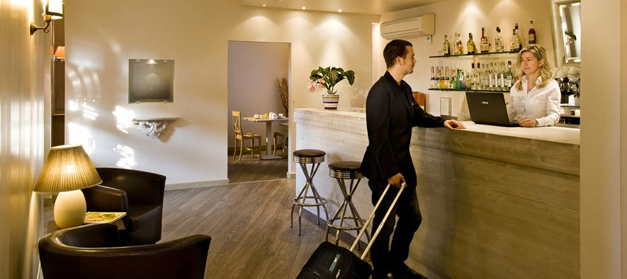 Reception hotel Noce vicino a Brescia Ovest
